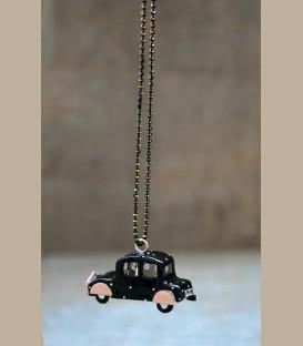 Χειροποίητο κολιέ αυτοκίνητο μαύρο πουά ροζ  (FI163)