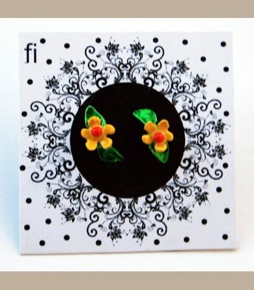 Χειροποίητα σκουλαρίκια μικρό λουλουδάκι κίτρινο με φύλλο (FI120)
