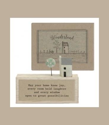 """Ξύλινο διακοσμητικό με μήνυμα  """"Great possibilities"""""""