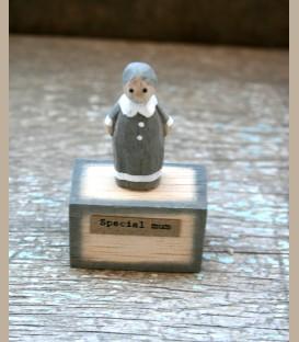 Ξύλινη μικρή φιγούρα - Best Mum
