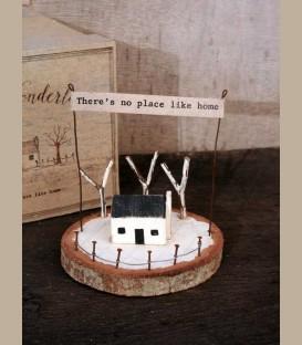 """Ξύλινο διακοσμητικό με μήνυμα  """"There's no place like home"""""""